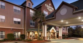 Country Inn & Suites by Radisson, Brunswick I-95 - ברנסוויק