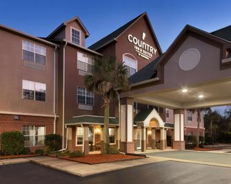 Country Inn & Suites by Radisson, Brunswick I-95 - Brunswick - Building
