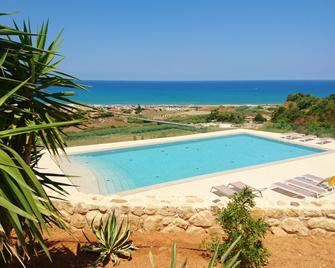 La Blanca Resort - Castellammare del Golfo - Pool