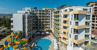 Best Western Plus Premium Inn - Sunny Beach - Edificio
