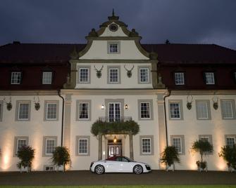 Wald & Schlosshotel Friedrichsruhe - Zweiflingen-Friedrichsruhe - Edificio