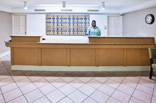 La Quinta Inn Amarillo West Medical Center - Amarillo - Hành lang