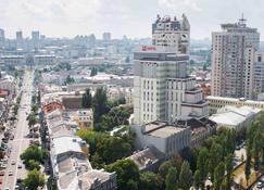 ibis Kiev City Center - Kyiv - Vista del exterior