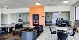Motel 6 Houston Hobby - Houston - Lobby