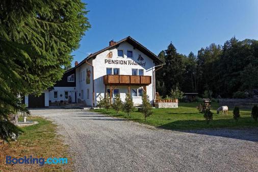 Pension Fohlenhof - Frauenau - Building