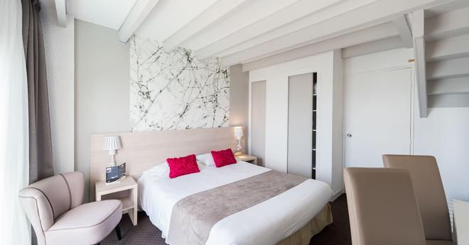 Hôtel de l'Ocean - Concarneau - Bedroom