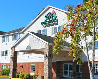 Guesthouse Inn & Suites Kelso/Longview - Kelso - Building