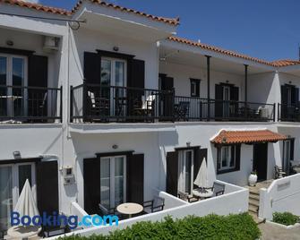Hotel Anelli - Skopelos - Building