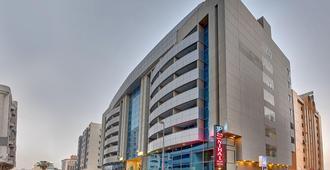 فندق جولدن تيوليب نهال بالاس هوتل - دبي - مبنى