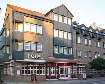 Hotel am Schloss Ahrensburg - Ahrensburg - Gebäude