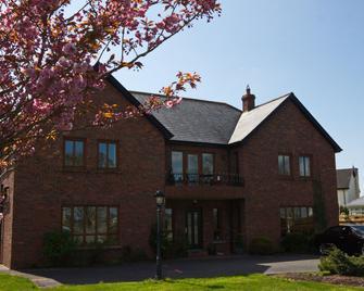 Oranhill Lodge B&b - Oranmore - Building