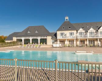 Pierre & Vacances Residence Le Green Beach - Port-en-Bessin-Huppain