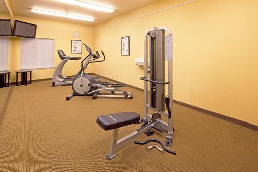 La Quinta Inn & Suites by Wyndham Mobile - Tillman's Corner - Mobile - Gym