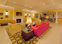 La Quinta Inn & Suites by Wyndham Mobile - Tillman's Corner - Mobile - Lobby