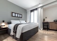 31 Doors Hotel - อเล็กซานดรูพอลี - ห้องนอน