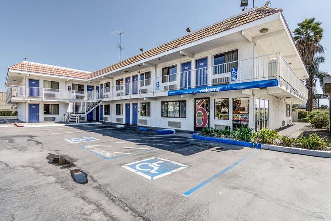 莫德斯托 6 號汽車旅館 - 莫德斯托 - 莫德斯托 - 建築