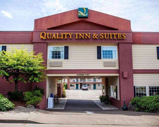 Quality Inn & Suites - Bremerton - Building