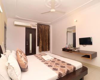 Gurjeet Guest House - Amritsar - Phòng ngủ