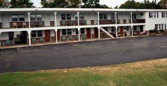 Cabin City Motel - Cape May - Building