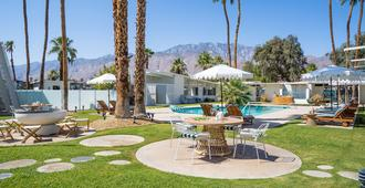 The Monkey Tree Hotel- Adults Only 21+ - Palm Springs - Piscina