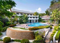Novotel Rayong Rim Pae Resort - Rayong - Building