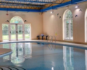 Best Western Shaftesbury The Royal Chase Hotel - Shaftesbury - Pool
