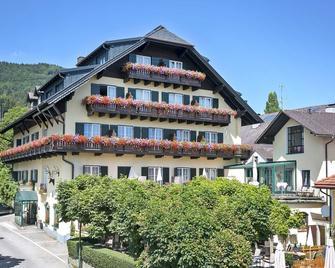 Hotel Aichinger - Nussdorf am Attersee - Gebouw