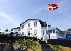 Sandkaas Badehotel - Allinge - Edificio