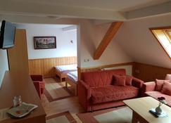 Restaurant & Pension Bergglock'L - Altenberg - Living room