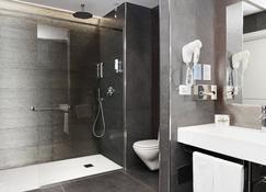 City Hotel & Suites Foligno - Foligno - Bathroom