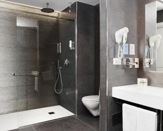 City Hotel & Suites Foligno - Foligno - Ванна кімната