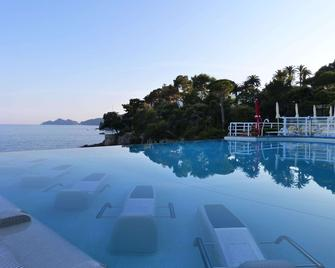 Excelsior Palace Hotel - Rapallo - Zwembad