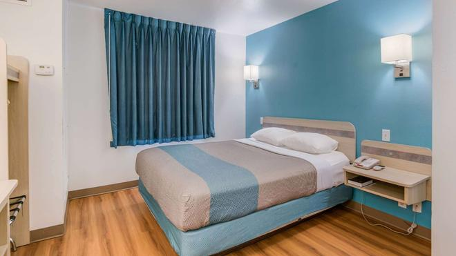 Motel 6 Roswell - Roswell - Makuuhuone