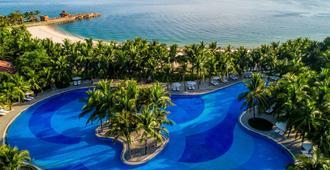Vinpearl Luxury Nha Trang - Να Τρανγκ - Πισίνα