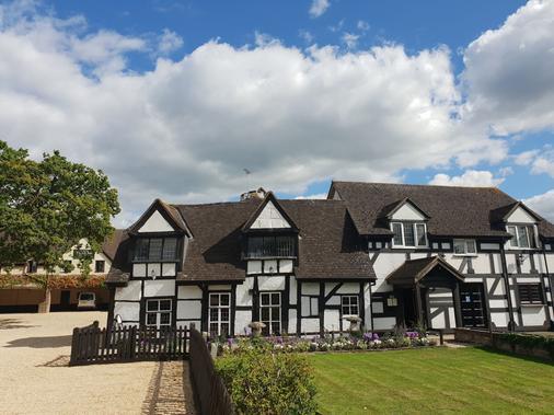 The Thatch Inn - Gloucester - Rakennus