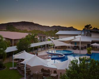 Crowne Plaza Alice Springs Lasseters - Еліс-Спрінгс - Басейн