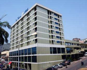 Hôtel La Falaise - Yaoundé - Gebouw