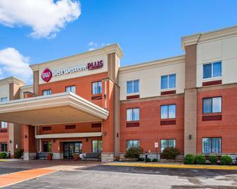 Best Western Plus Olathe Hotel - Olathe - Gebäude