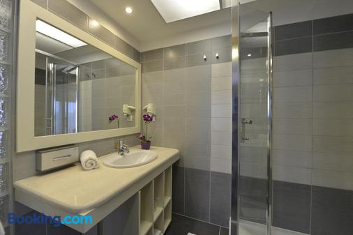 Residence Balaton Conference & Wellness Hotel - Siófok - Bathroom