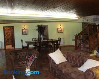 Casa Da Pura - Monforte de Lemos - Wohnzimmer