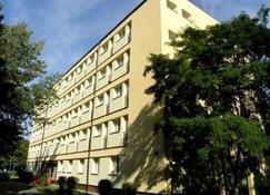 كاسيوبيا - هيل - مبنى