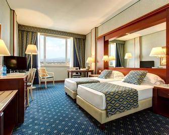 Best Western Ctc Hotel Verona - Сан-Джованні-Лупатото - Спальня
