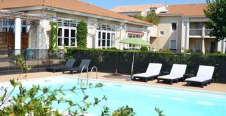 馬斯德斯彭特阿勒斯酒店 - 富爾克 - 阿爾勒 - 游泳池