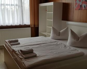 Central-Hotel Tegel - Berlin - Bedroom