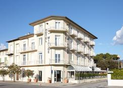 Hotel Mirage Versilia - Pietrasanta - Rakennus