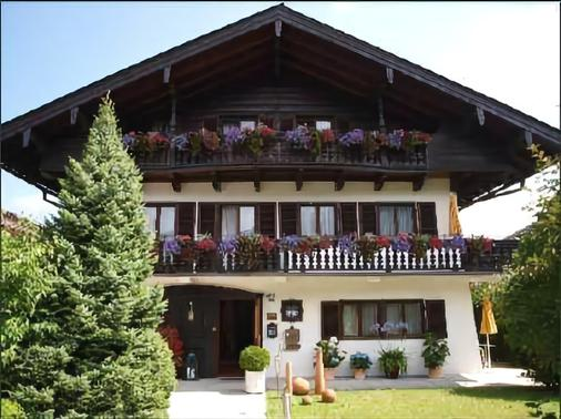 Hotel Setzberg zum See - Bad Wiessee - Κτίριο