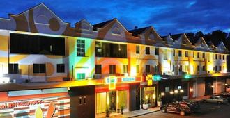 2 Inn 1 Boutique Hotel & Spa - סאנדאקן