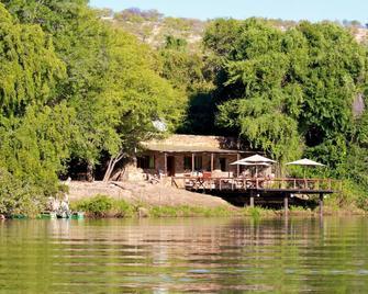 Kunene River Lodge - Ehomba - Outdoors view
