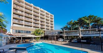 羅克漢普頓旅客之家酒店 - 洛坎普頓 - 洛克翰姆敦 - 游泳池