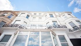 Citrus Hotel Eastbourne by Compass Hospitality - Eastbourne - Toà nhà